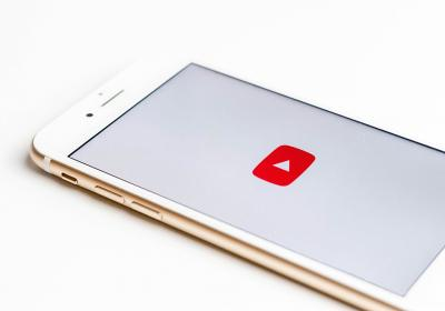 YouTube icon on iPhone